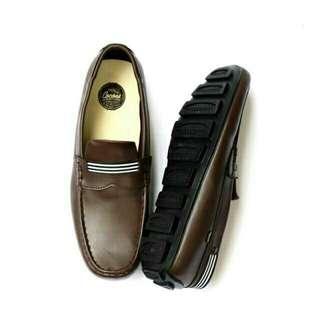 Sepatu slip on original