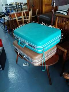 B29 Vintage Mid Century Luggage/Travel Case