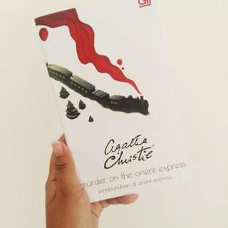 Mystery Novel Murder In the Orient Express