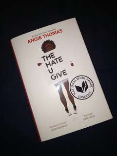 The Hate U Give - Angie Thomas (NEW!)