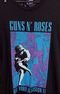 Guns and Roses H&M band shirt