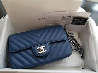 99%NEW Condition Chanel Mini 20cm Flap Bag