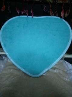 Small heart shape carpet