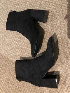 Zara suede boots w/ heel