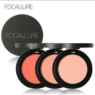 BLUSH ON FOCALLURE