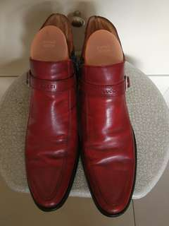 Gucci boot low cut  shoes!
