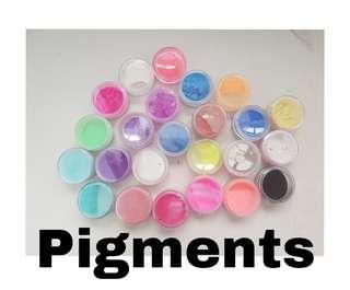 Glitters & Pigments