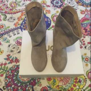 Nude Footwear - Brown Suede Botties