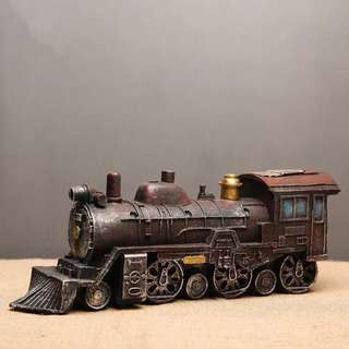Resin Vintage train decor