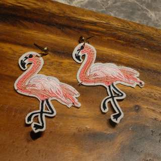 Flamingo Earrings (Nude)
