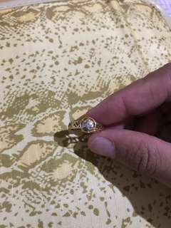 14k gold ring with single diamond