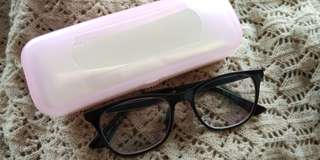 GET YOUR EYEGLASS FOR ONLY 1.000