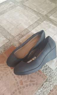Crocs wedge for women (authentic)