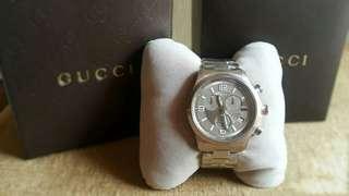 Jam tangan cowok baru GUCCI beli di luar