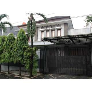 Dijual rumah di Bintaro Lokasi Strategis