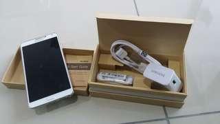 SAMSUNG NOTE3 (3GB RAM)