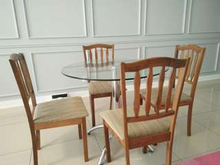 Glass dining table meja makan 4 seater