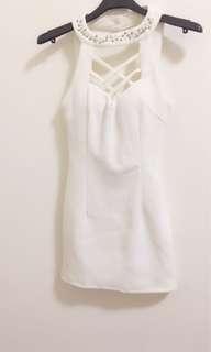 🚚 性感白色洋裝