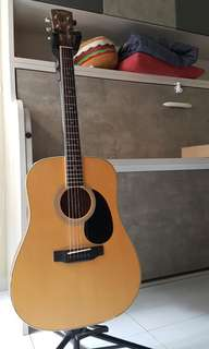 SAGA SF700 ACOUSTIC GUITAR