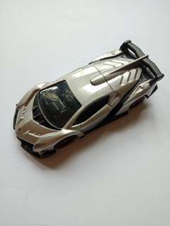 Takara Tomy Lamborghini Veneno
