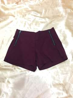Marroon short pants