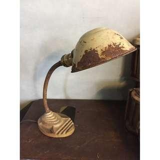 //ORI DECO工業風老件// 美國 經典大頭燈 米白色斑駁漆色 使用正常