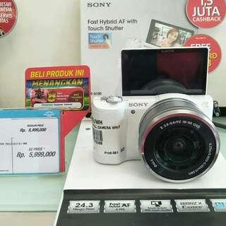 Kredit kamera Sony ILCE-5100L
