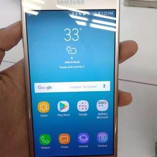 Promo ramadhan kredit Samsung J3 pro free 4x cicilan