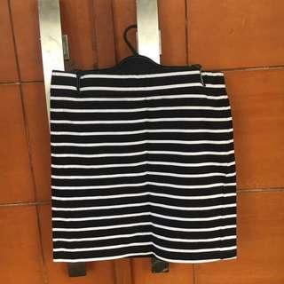 Forever 21 / f21 stripes skirt