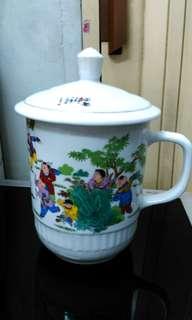 Vintage Jing De Zhen large ceramic tea cup.
