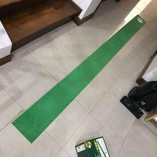 Golf putting green trainer