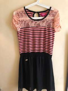Pink stripes lace dress