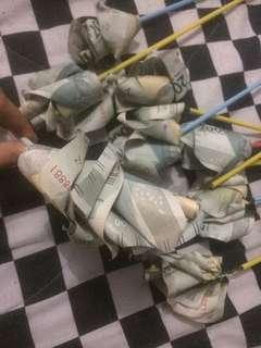 bunga uang pecahan 2000 buat thr
