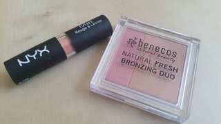 Make-up bundle