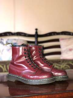 Preloved Dr. Martens 1460 Red Cherry