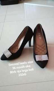 Sepatu Heels Wanita