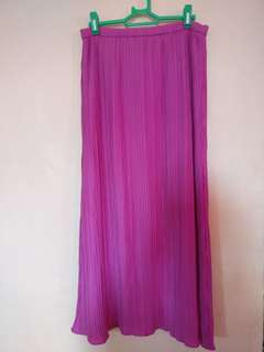 Sale! Pleated maxi skirt