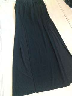 Maxi sexy skirt with slits