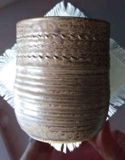 Vase / Pot