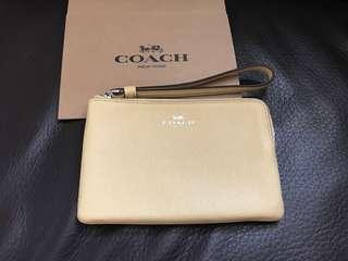 Coach Corner Zip Wristlet (100%正品全新NEW)