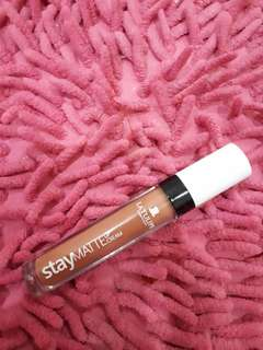 La tulipe stay matte lip cream no 9