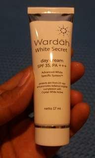 Wardah day cream