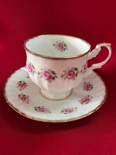 英國古茶杯