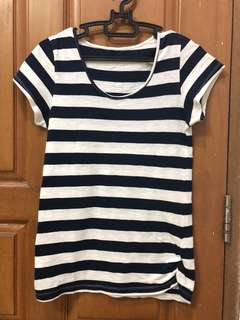 Top/Atasan Stripes
