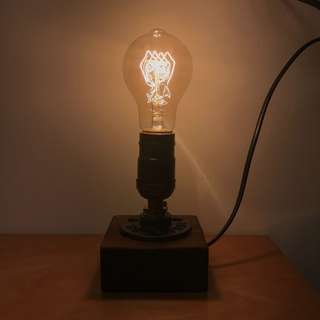 Vintage light stand with bulb