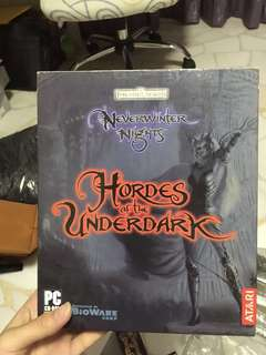 Never winter nights orignal box and game with 2 expansions