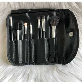 MAC brushes isi 7pcs