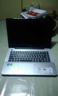 Asus Laptop i3