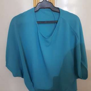 Hanging Blue Office Top