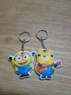 🚚 Minion key chain